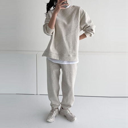 [Set] Gimo Twin Sweatshirt + Jogger Pants - 안감기모
