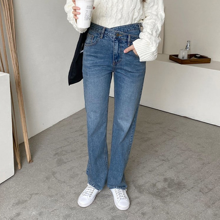 Unbal Wrap Straight Jeans