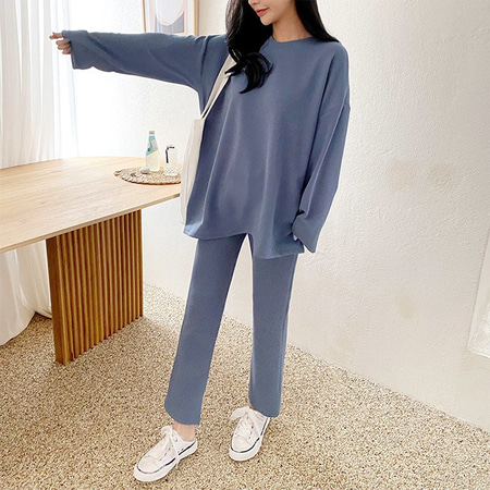 [SET] Mu Long Tee + Flare Pants
