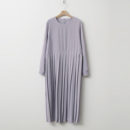 Nice Pleated Long Dress