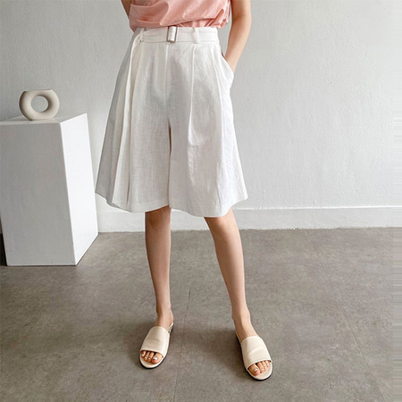 Linen Belt Bermuda Shorts