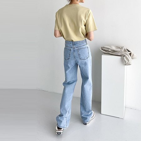 Grace Semi Wide Jeans